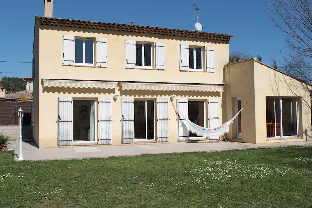Grande Maison Sur La Cote D 39 Azur Houses For Rent In Mougins Provence Alpes C Te D 39 Azur France