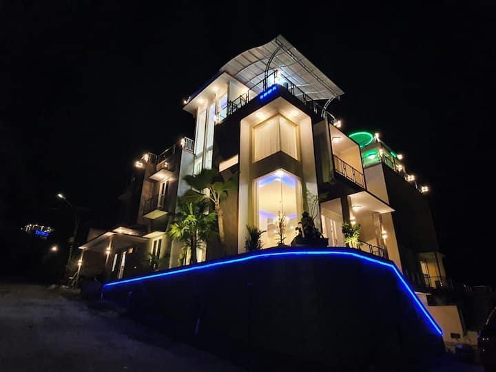 Villa Golden Pinus Kota Batu lokasi agro wisata