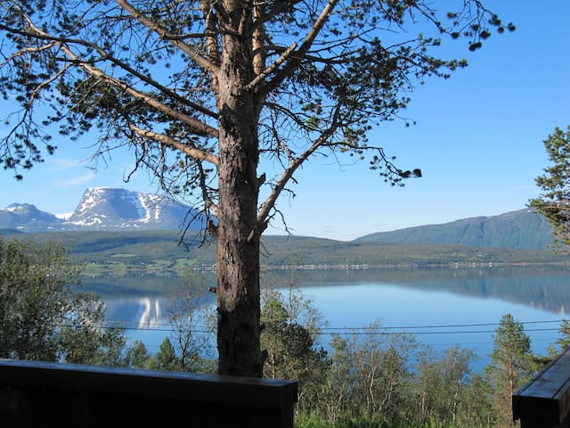 Luxurious & cosy cabin in beautiful Malangen - Mestervik - Cottage