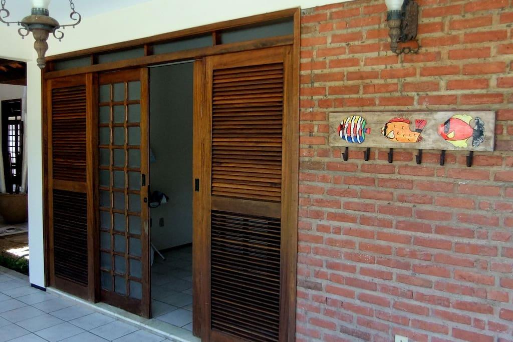 suite 01 ao lado da piscina.