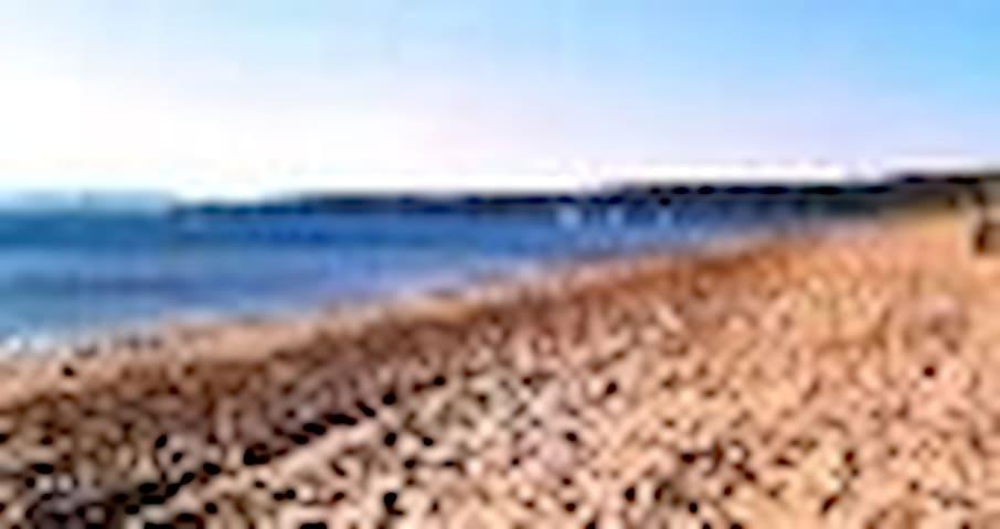 T2 meublé a 150 m de la plage  - Hyères - Huoneisto