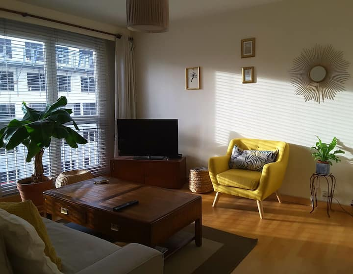 Charming and sunny one bedroom appartment