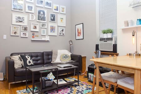 Cozy 1 BR near Central Park, AMNH, The MET & More