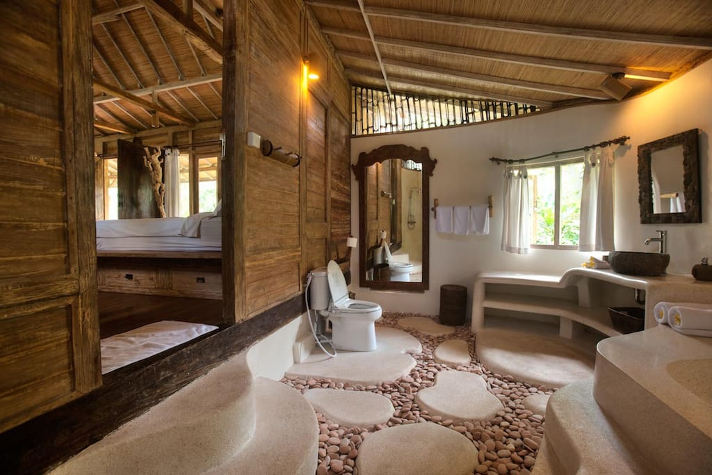 Amrita ~ Romantic Jungle House