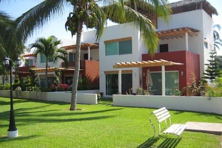 VILLA jardines,terrazas+masaje (RESERVA inmediata - 阿卡普尔科 - 独立屋
