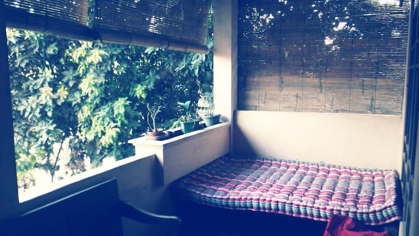 Room 1 Best Location, Great Reviews - Yogyakarta - House