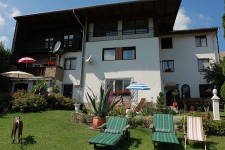 Das Alte Haus Feuchtl  - Purkersdorf - Oda + Kahvaltı