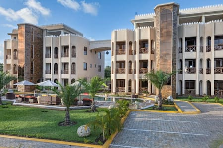 Amani Luxury Apartments Diani - Diani Beach - Pis