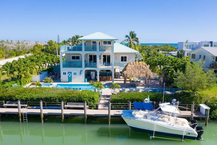 Waterfront Villa Sombrero Beach Rd FL Keys Pool, Dock, Spa,