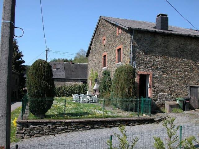 """Maison Conviviale """"L'EVAN"""" - 9p - Vresse-sur-Semois - Huis"""