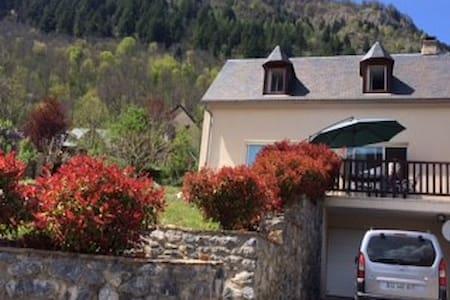 Maison à Genos Loudenvielle  (h tes Pyrénées )