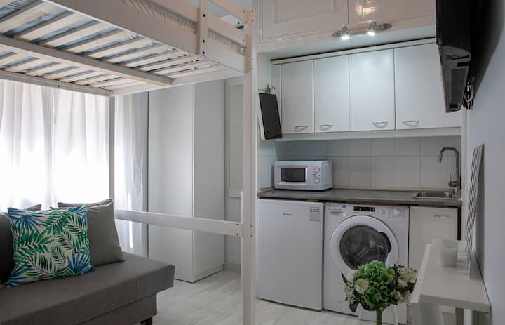 1bed Studio in the heart of Madrid, 2mins to metro