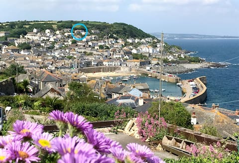 'Sunny View'  Mousehole  (with off road parking)
