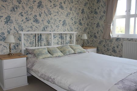 Double EnSuite Goodwood/Chichester  - Westergate - Hus