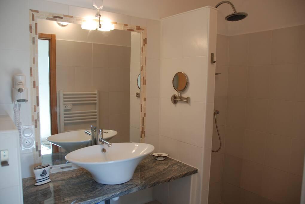 le romantique salle de bain