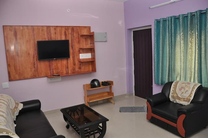 srirangam service apartment