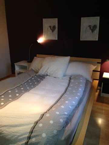 chambre confortable pour 2 pers. - Cuarnens - House