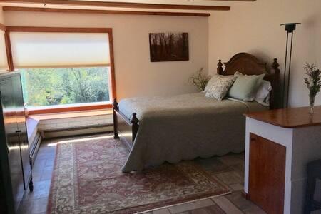 Valley Edge Bed & Breakfast