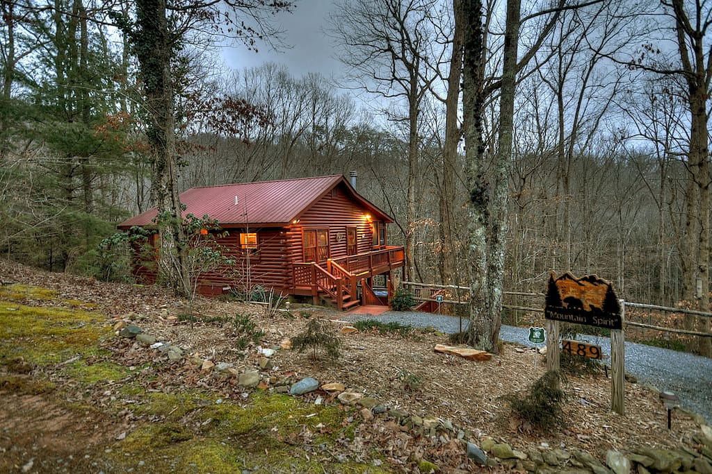 Mountain Spirit Cozy Comfortable Cabin Cabins For Rent