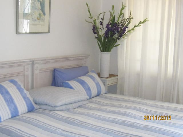 self-catering for 5 At  The Beach - Kaapstad - Appartement
