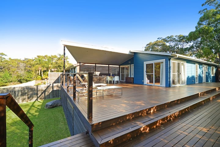 Beach side Indoor/outdoor living, private setting