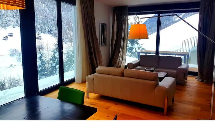 High-luxury Apartment with SPA + Pool close Ischgl