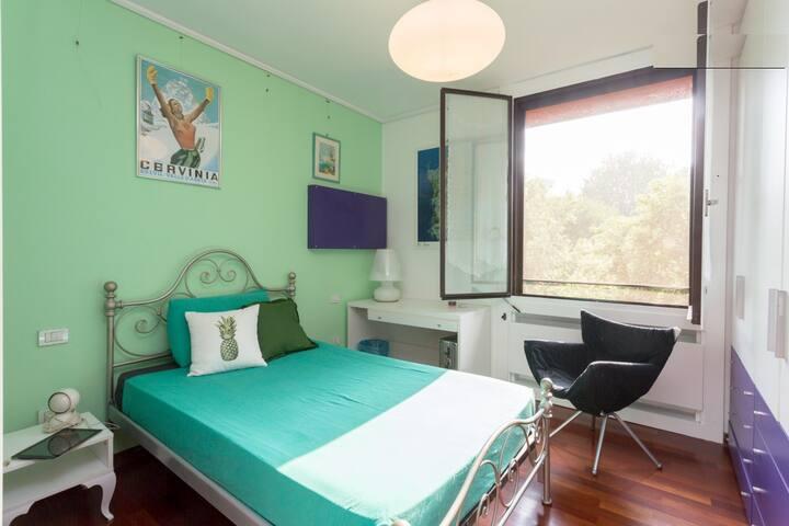 Camera singola, bagno privato e ottima ospitalità