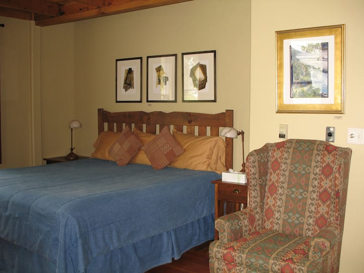 One Room at Bear Mountain Lodge