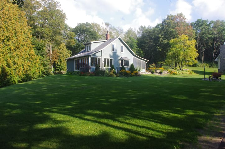 Spruce Lane Guest House