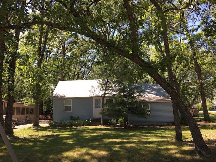 Oak Lake Cottage Retreat