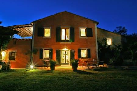Villa Vetrica in Tuscany - San Casciano dei Bagni