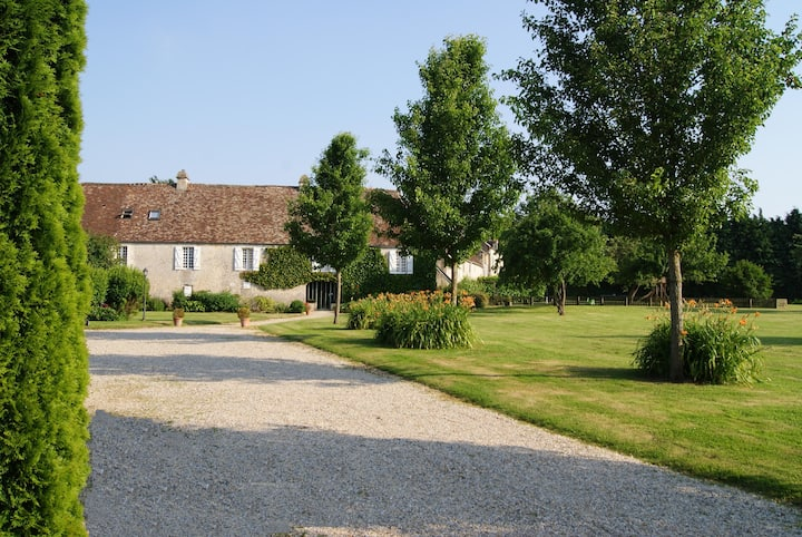 Charming gite in a 17th century Manor in Normandy