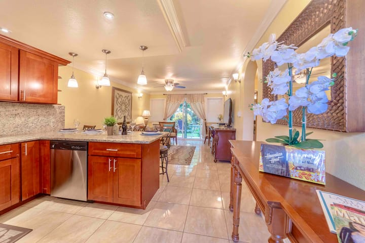 Lahaina Town 2BR Condo,2 Blocks to Front St &Beach