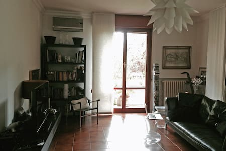 beautiful flat in residential area - Parma