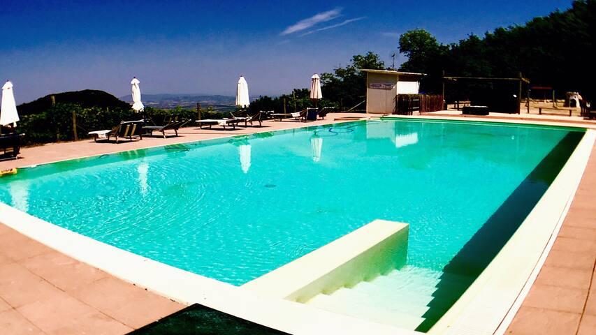 Villa Marianna:APT D, 7 mls/Spoleto