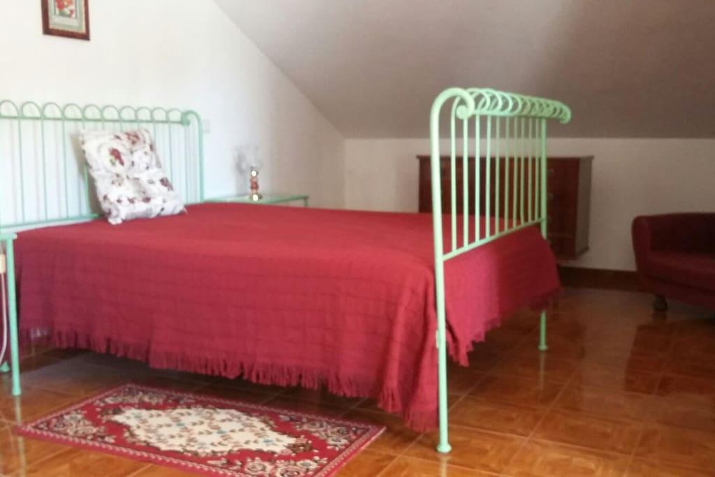 Quarto -room