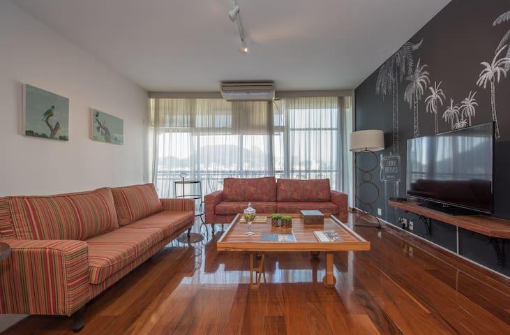 Sala de estar com Wi-Fi /tv cabo /ar condicionado, moderna e confortável