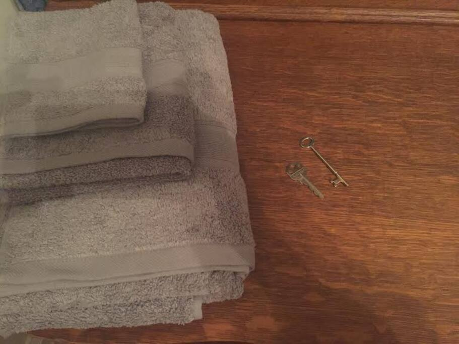 Towels and skeleton key