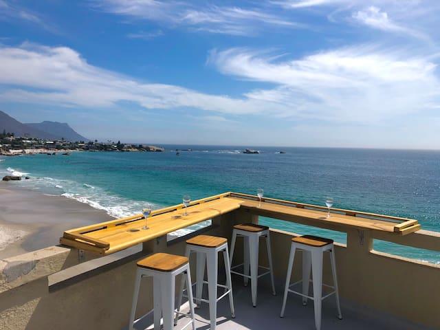 Clifton Beach Apartment with Beach Access