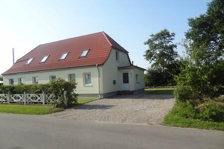Top!!! Ferienwohnung Land & Meer - Hasselberg - Apartamento