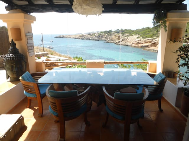 4 IBIZA SUNSET  & SEAFRONT HOUSE , CALA TARIDA