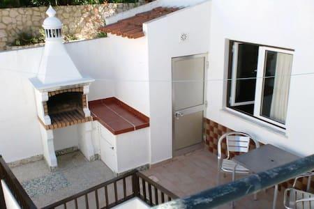Casa Pinheiro I - Budens - Hus