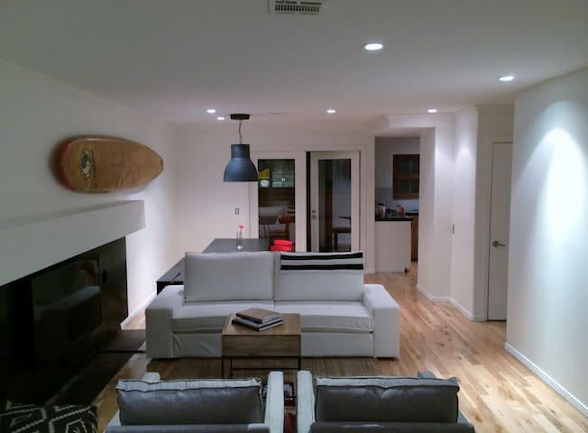 Exqusite Townhome 2 blks from beach - San Diego - Huis