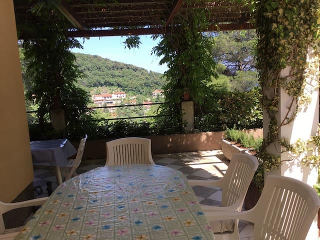 Practical and elegant apartment with a terrace - Mošćenička Draga - Apartamento
