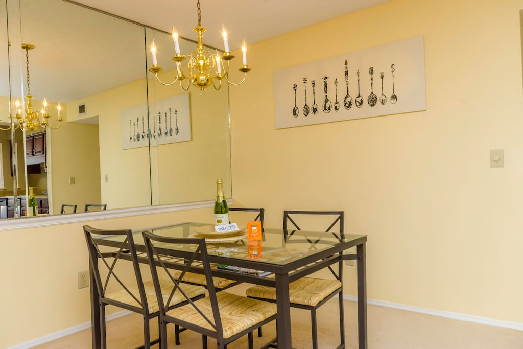 Sparkling dining area with 4 seats