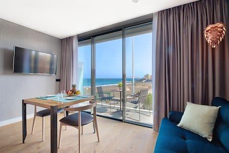 Luxury Beach View Apartment