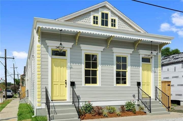 Gorgeous Updated Historic Home Near the Bayou