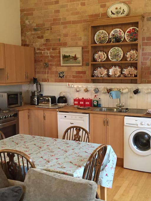 Recently refurbished easy to use kitchen