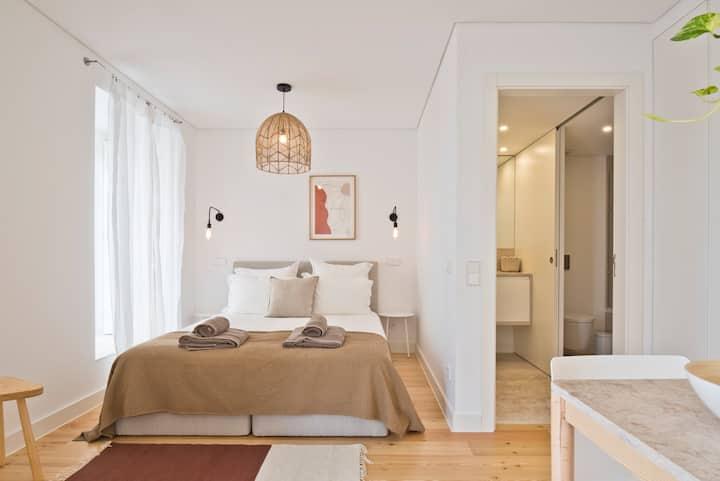 Vila Olarias - Unique Studio apt @ Mouraria 14