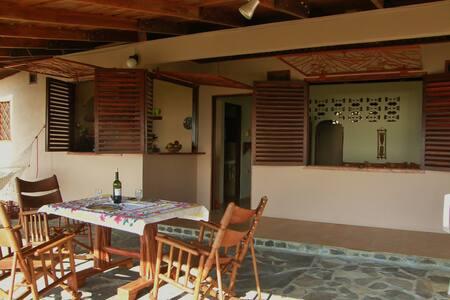 Jungalow Bella Vista, Mal Pais - Malpais - House